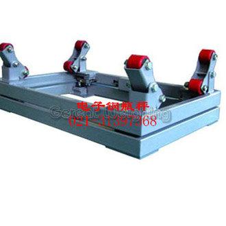 由传感器输出的重量信号经信号放大器,二阶低通有源滤波器处理后,送高